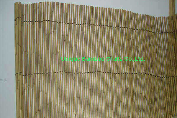 Backyard bamboo fence in natural color by hand made